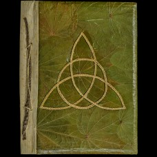 Book Of Shadows Bladeren en Triquetra Groen