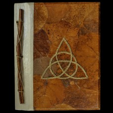 Book Of Shadows Bladeren en Triquetra Bruin