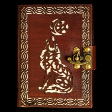 Leren Book Of Shadows Wolf