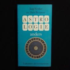 Astrologie Anders (met kaartenset)